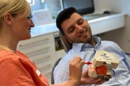 Mundhygiene-Beratung für gesunde Zähne und gesundes Zahnfleisch in Gladbeck